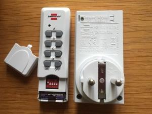 Funksteckdosen mit DIP-Schalter, Foto HoSI